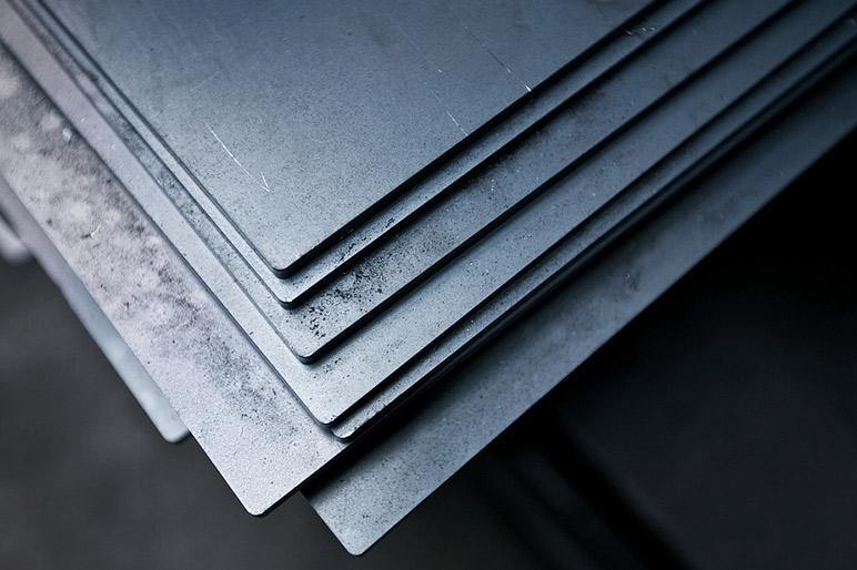 光纤激光切割机在钣金加工行业的应用